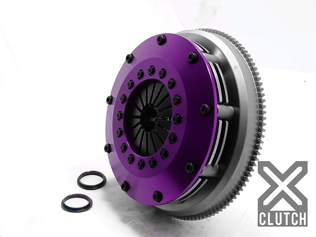 XClutch Clutch Kit with Chromoly Flywheel 8 and Twin Solid Ceramic Discs BMW